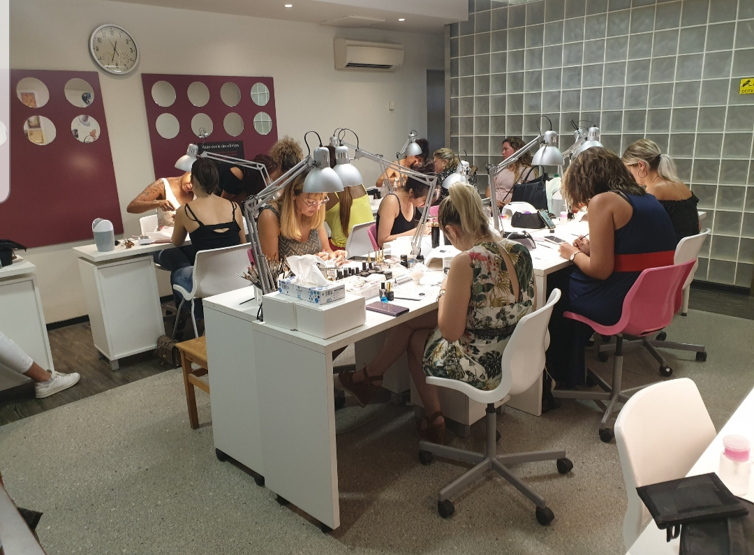 Salle de formation Ongles Galerie